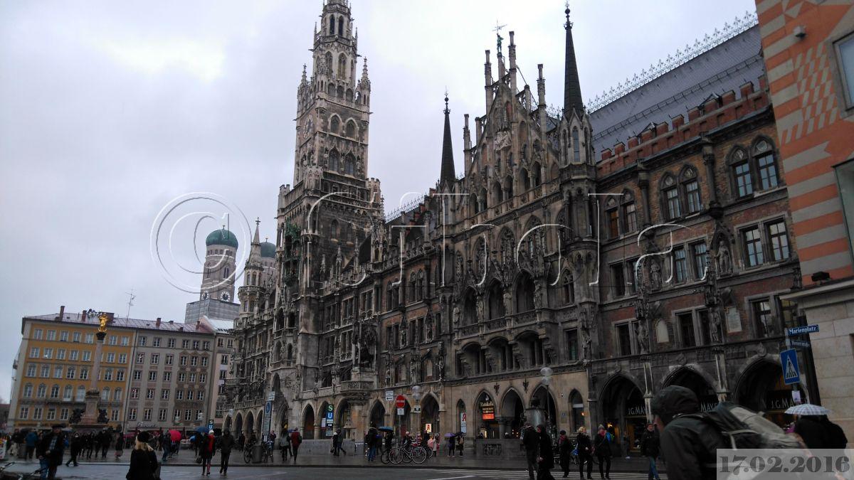 Marienplatz Münhenis